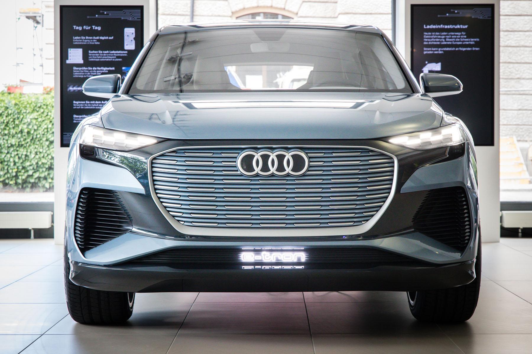 Impressionen aus dem Audi e-tron experience center am Utoquai 47 in Zürich.